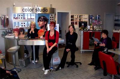 waschen schneiden legen berliner netzwerk f r ausbildung bna. Black Bedroom Furniture Sets. Home Design Ideas